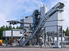 Used 320TPH Fully Mobile Asphalt Mixing Plant By Amannn