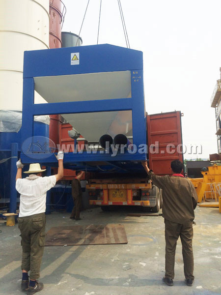 Moroccan Customer Bought LB3000 Asphalt Mixing Plant from Us