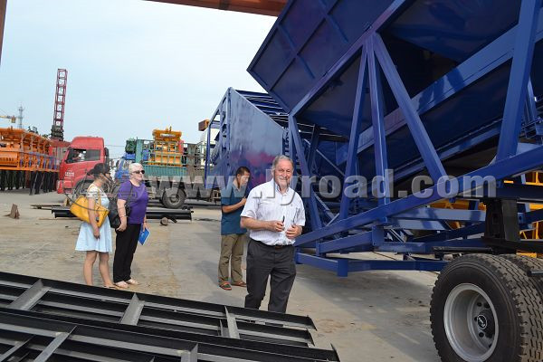 Australia customers visited our concrete batching plant